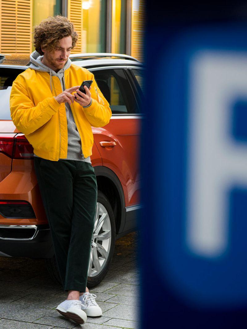 Die We Park App auf einem Smartphone