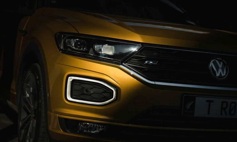 T-Roc Sport front with headlights and ring-shaped daytime running light
