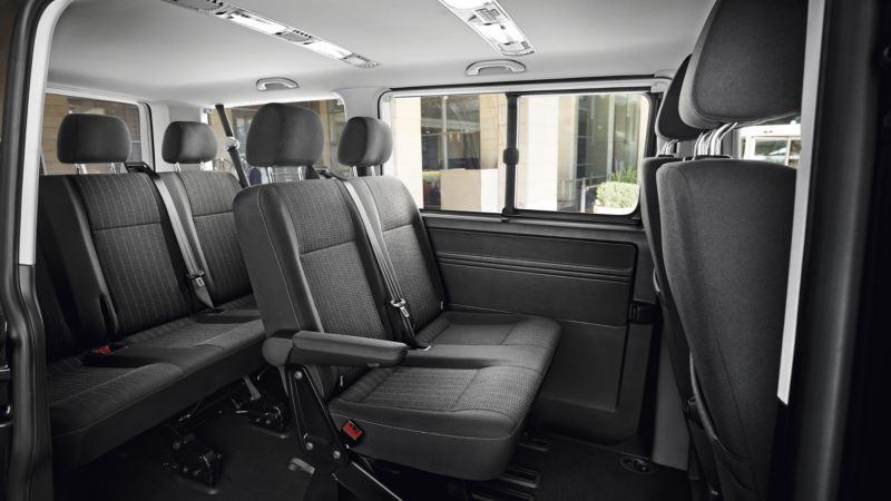 volkswagen caravelle diseño interior plazas