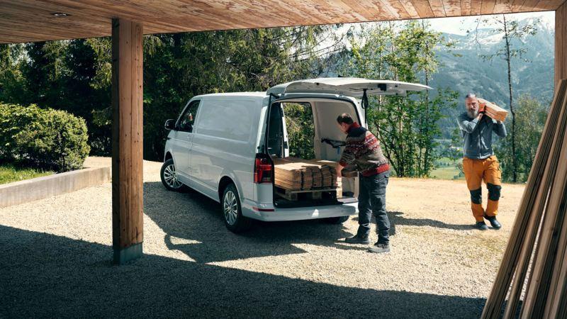 volkswagen transporter 6.1 carga posterior