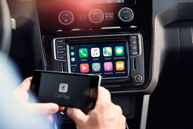 app connect movil y pantalla de caddy profesional