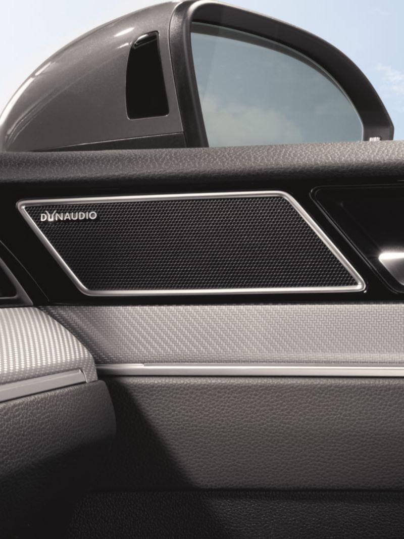 폭스바겐 모델 아테온 편의 사양 다인오디오 사운드 시스템