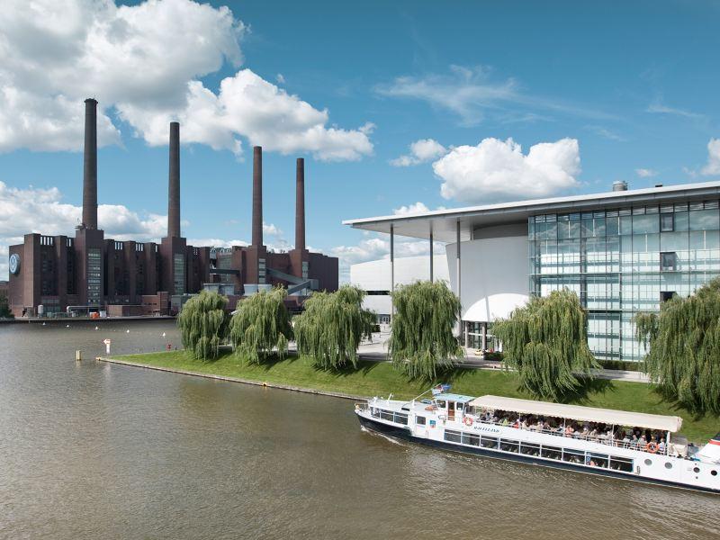 Luftaufnahme vom Markenhochhaus am Standort Wolfsburg
