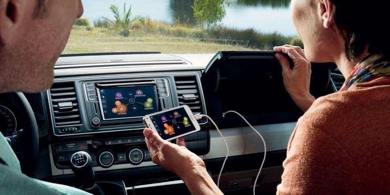 caravelle tecnologia app connect pantalla movil