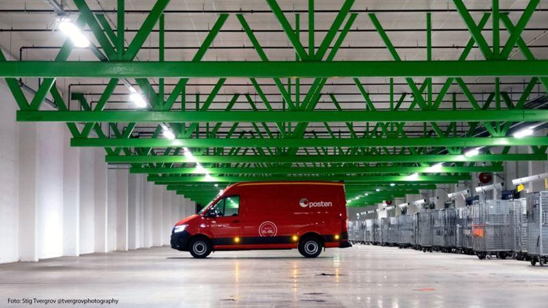 vw Volkswagen e-Crafter el varebil elektrisk varebil elbil elvarebil miljøvennlig grønn posten postbil budbil bud lagerlokalet lager postterminal