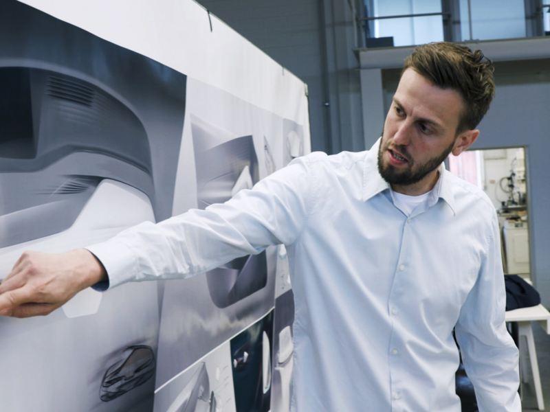 Gebel com desenhos do interior do carro elétrico Volkswagen ID.3