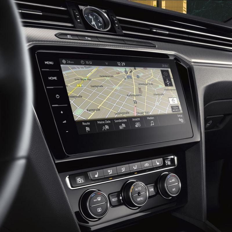 Pantalla del sistema de navegación Discover Pro del Volkswagen Arteon