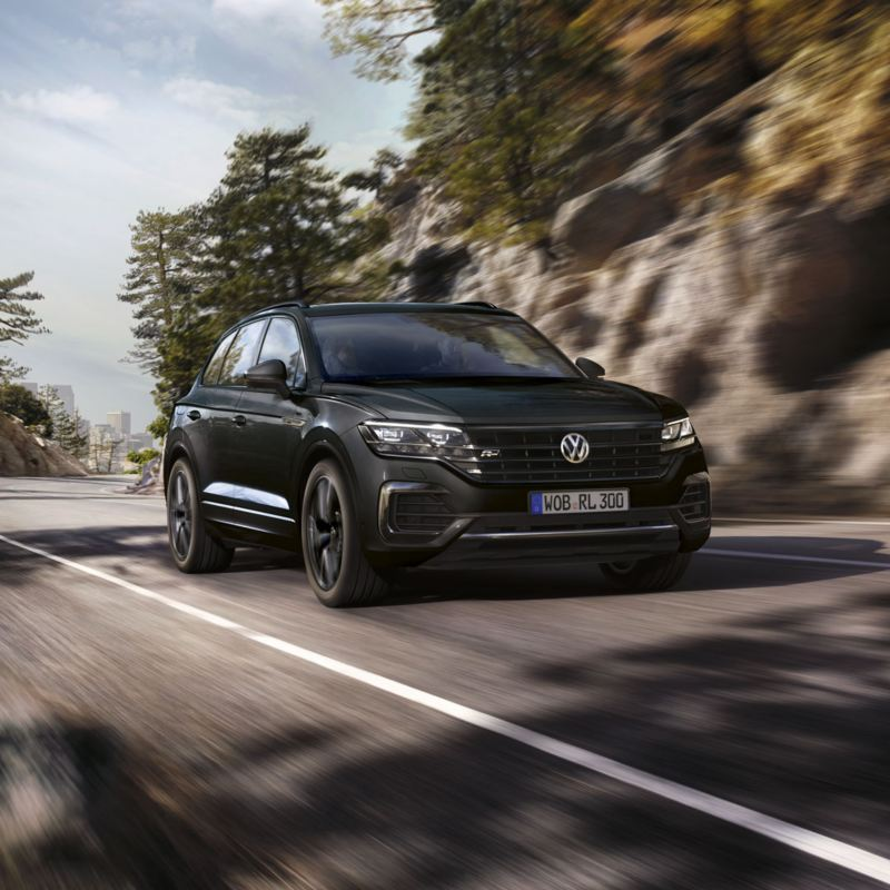 Volkswagen Touareg en carretera. Promociones