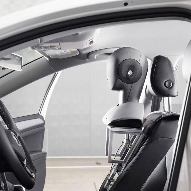 Ghi âm thanh nổi trong một chiếc xe