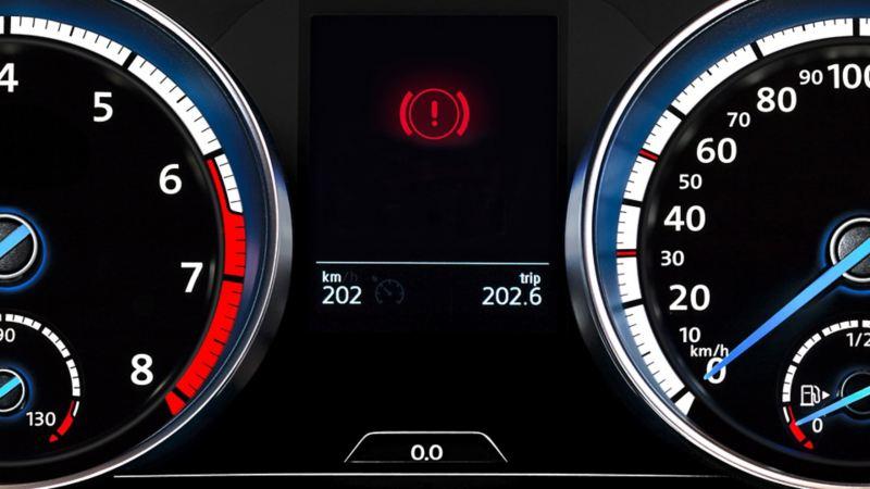 varsellampe varebil service merkeverksted vw Volkswagen stor liten service bytte registerreim skifte bremseklosser bremseskiver