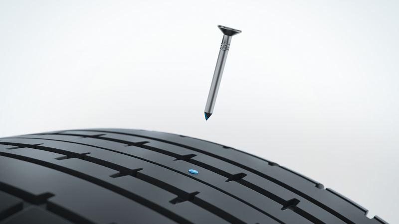 Ilustración del punto sellado de un neumático AirStop® tras retirar el cuerpo extraño