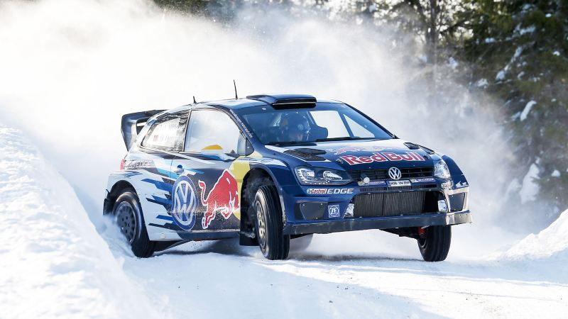 Volkswagen impegnata in un rally