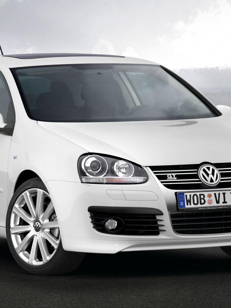 Volkswagen Golf 5 GT bianca