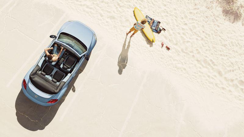 VW Beetle con pneumatici all-season
