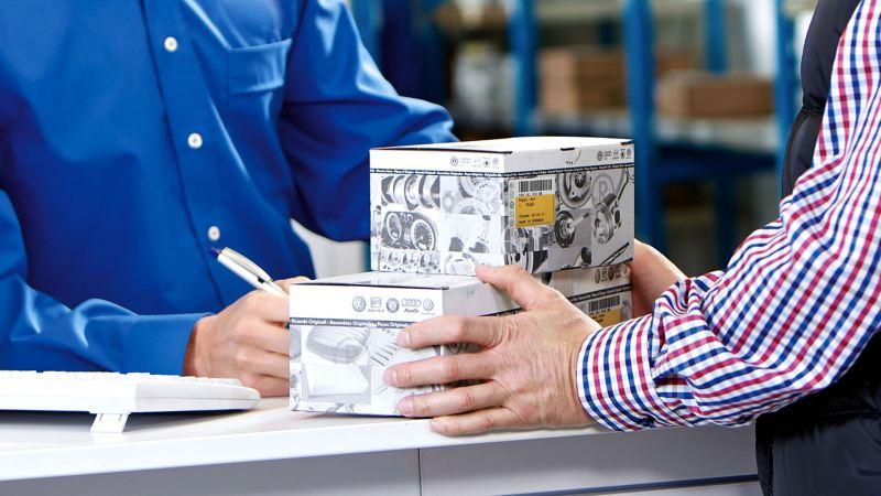 Echange de pièces échange standard entre un client et son Réparateur Agréé