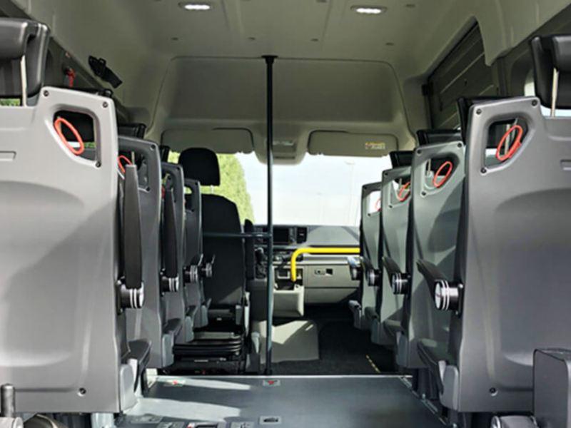 Zitplekken rolstoelbus