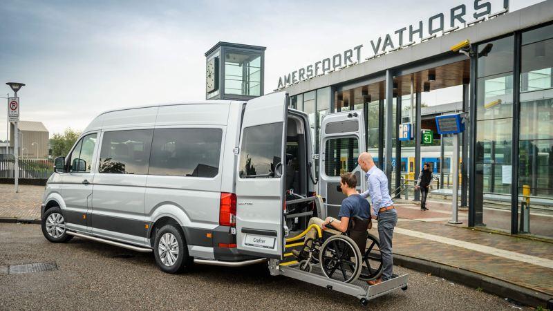 Crafter rolstoelvervoer met een rolstoellift
