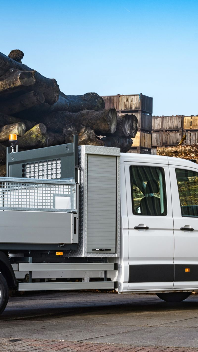 Belading van Transporter Pick-up met hijskraan