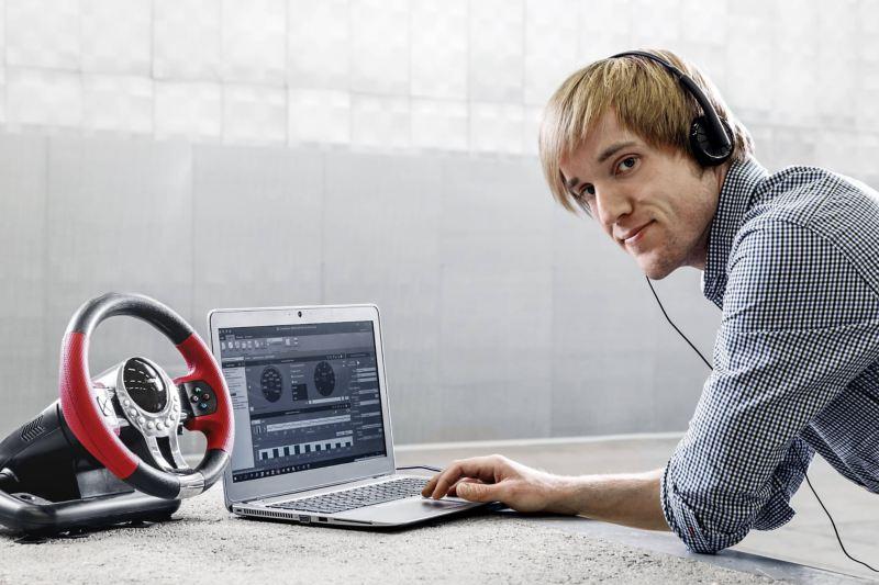 Ứng dụng âm thanh của Volkswagen Michael Wehrmann tại nơi làm việc