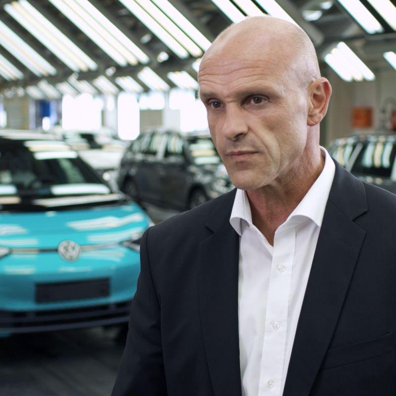 Reinhard de Vries im Volkswagen Werk Zwickau
