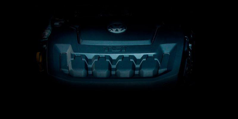 Detalle del motor de gasolina TSI del Volkswagen Passat