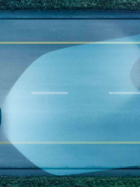 Gráfica del asistente dinámico de luz de un Touran azul