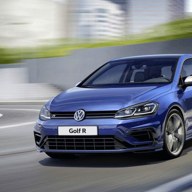 Her açıdan çekici. Volkswagen Golf R.
