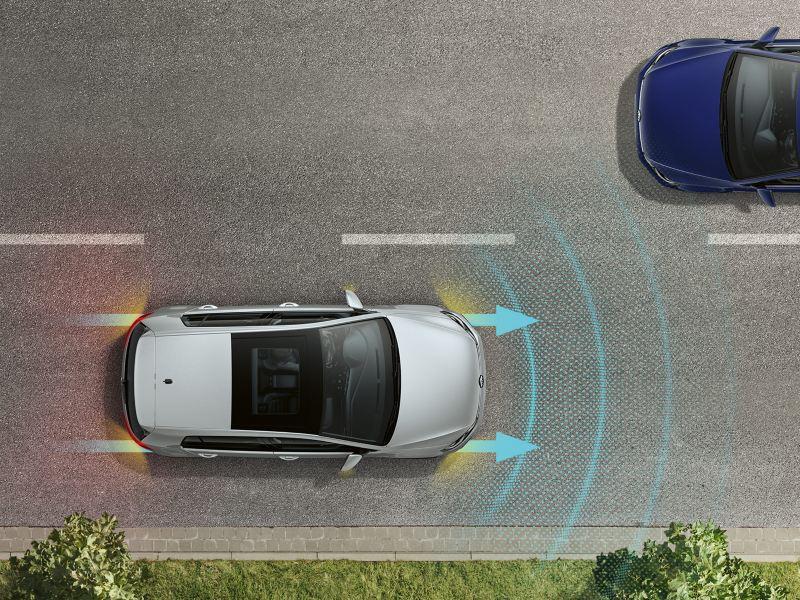 Uyarı ve fren lambalarıyla Golf trafikte sürüş asistanı sistemi