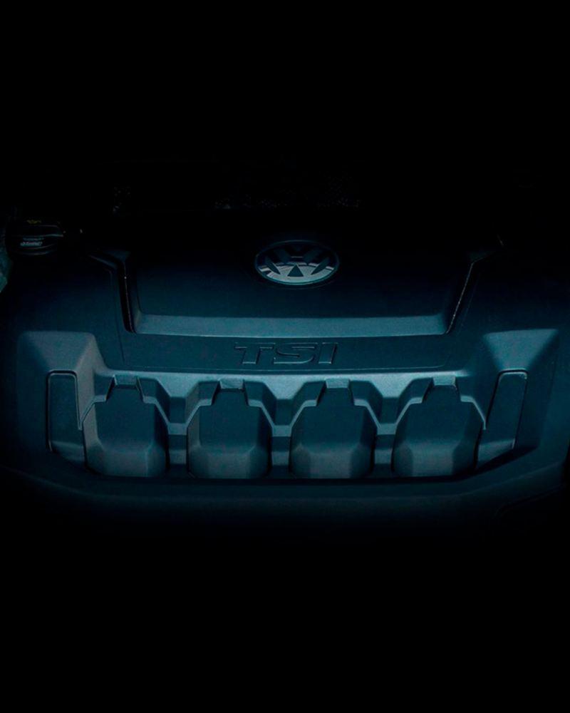 Detalle del motor de gasolina TSI del Volkswagen Tiguan