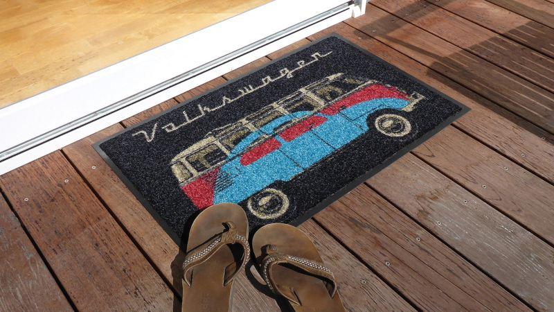 Tapete para puerta con diseño de vocho y combi de VW Collection