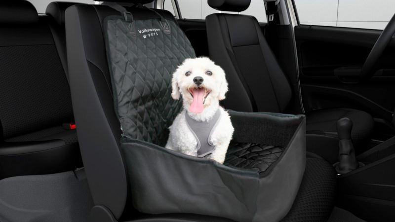 Cubierta de asiento de copiloto para mascota disponible en Volkswagen Pets Collection