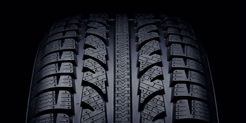 Detailed view of a VW tyre profile – 36 months Volkswagen Tyre Insurance