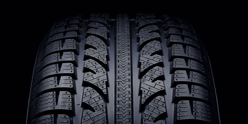 Detailed view of a VW tyre profile – 36 months Volkswagen Tyre Warranty
