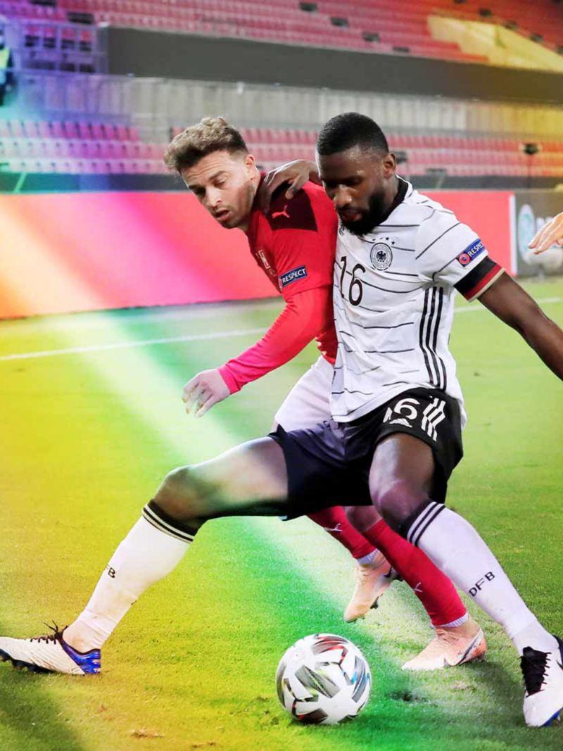 Antonio Rüdiger im Duell gegen die Schweiz