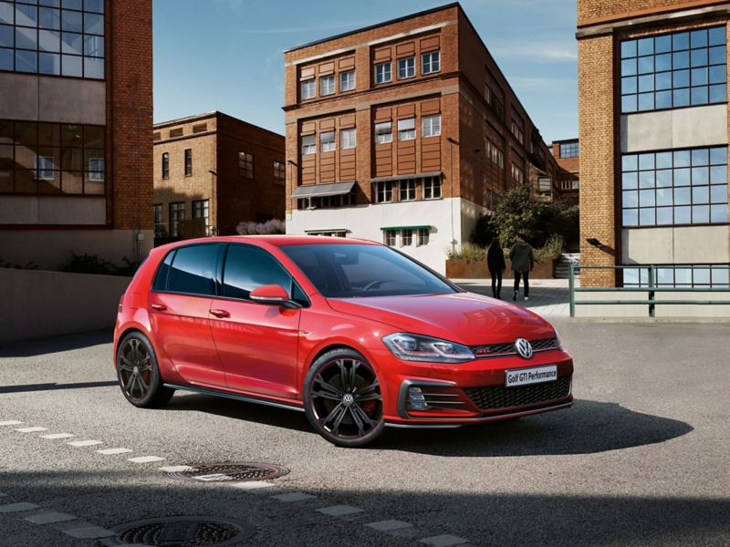 VW Golf GTI Performance the front runner