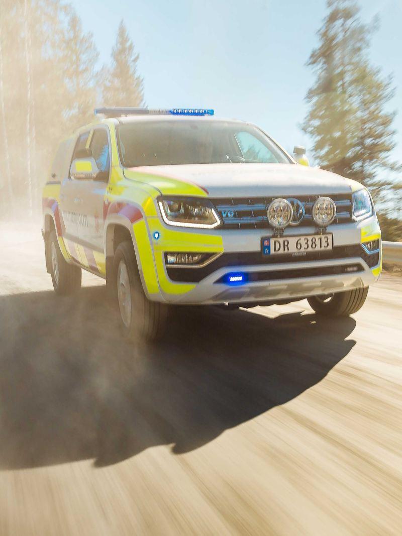 vw Volkswagen Amarok pickup militærpoliti utrykningskjøretøy påbygg