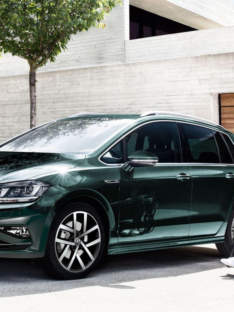 Volkswagen Fahrhilfen für Menschen mit Handicap, Annika