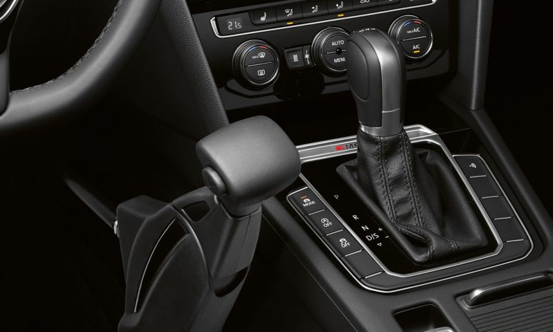 """Volkswagen Fahrhilfen für Menschen mit Handicap, Handbediengerät """"Compact"""""""