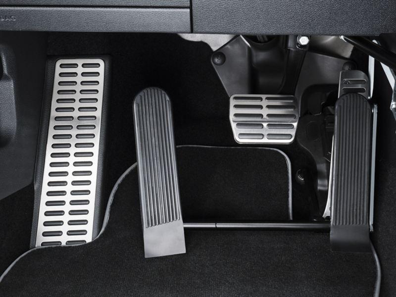 Volkswagen Fahrhilfen für Menschen mit Handicap, Linksgas