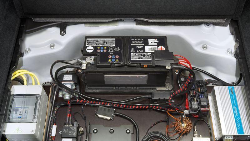 Volkswagen für Rettungsdienste – Spannungseinspeisung