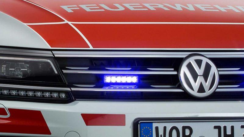 Volkswagen für Rettungsdienste – Frontblitzer und Außenlautsprecher