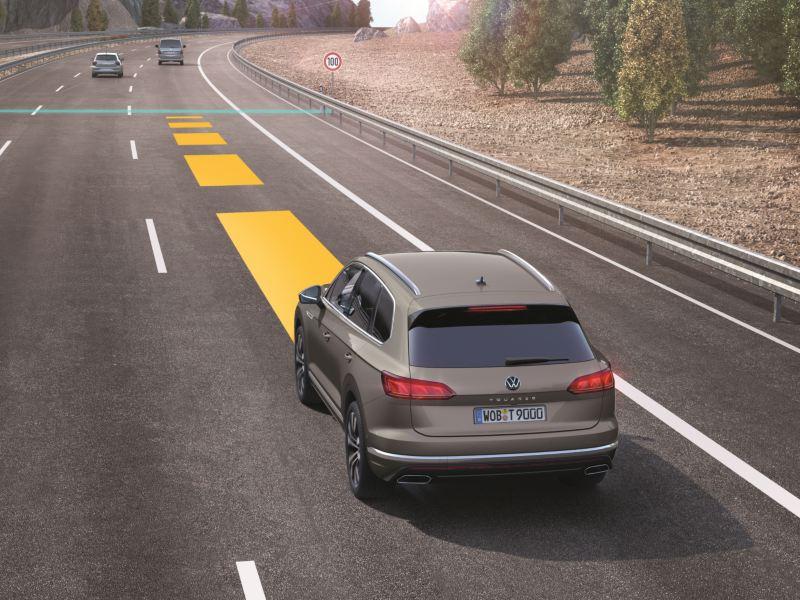 폭스바겐 운전자 보조 시스템 어댑티브 크루즈 컨트롤