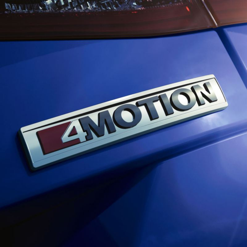 Detalle del logotipo 4Motion de un Passat Alltrack