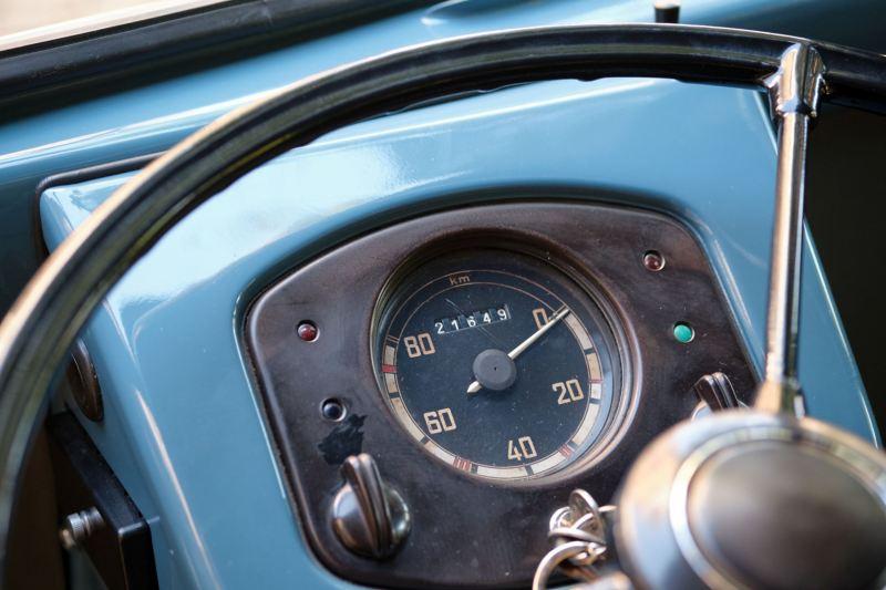 Zegar w Volkswagenie Bulli