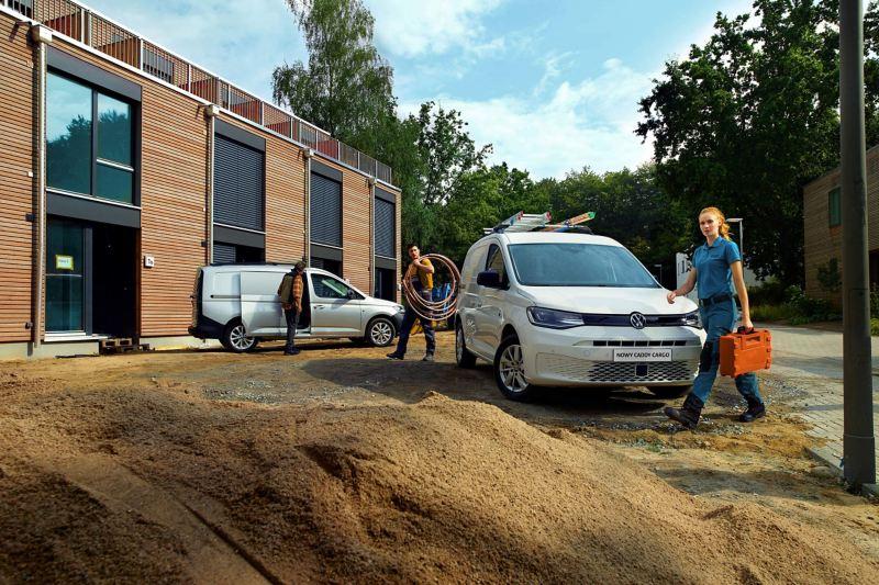 Nowy Caddy Cargo na placu budowy