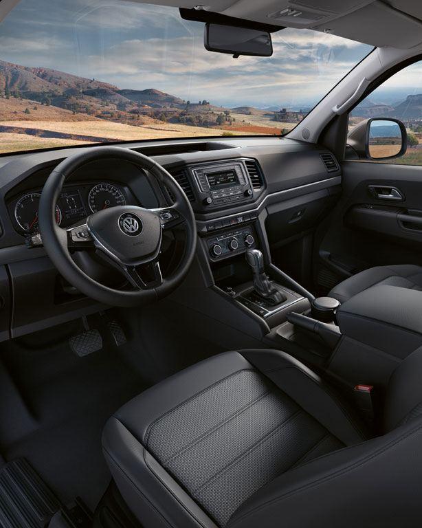 amarok interior conduccion volante