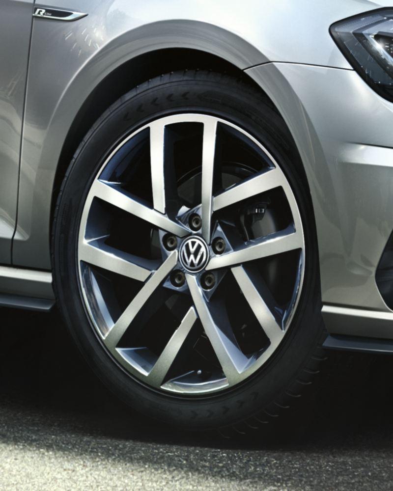 Volkswagen Golf Variant diseño llantas