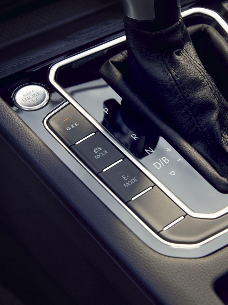 Detalle del panel de modos de conducción del Volkswagen Passat GTE Variant