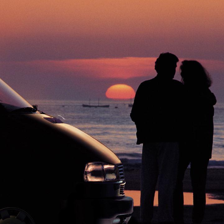 Volkswagen Utilitaires 30 ans California coucher de soleil