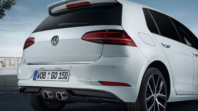 Dettaglio marmitta sportiva di Volkswagen Golf